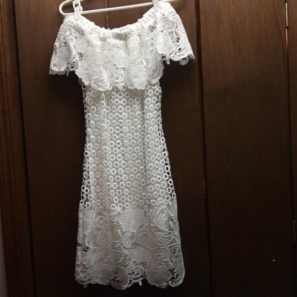 Gianni Bini Dresses & Skirts - Off the shoulder Gianni Bini dress